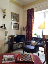 Traditional Elegant Room